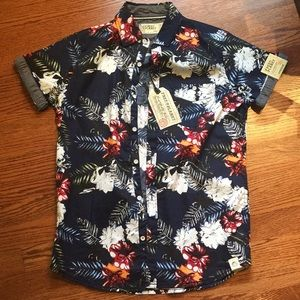 Free Planet Hawaiian Shirt Button-Up